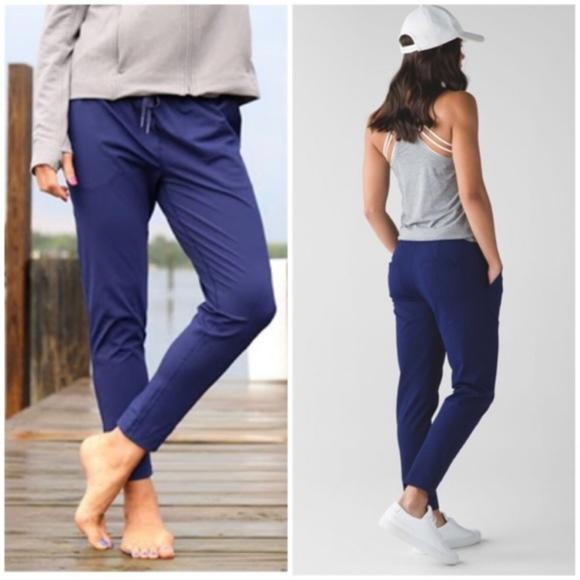 Lululemon jet crop slim luxtreme pants